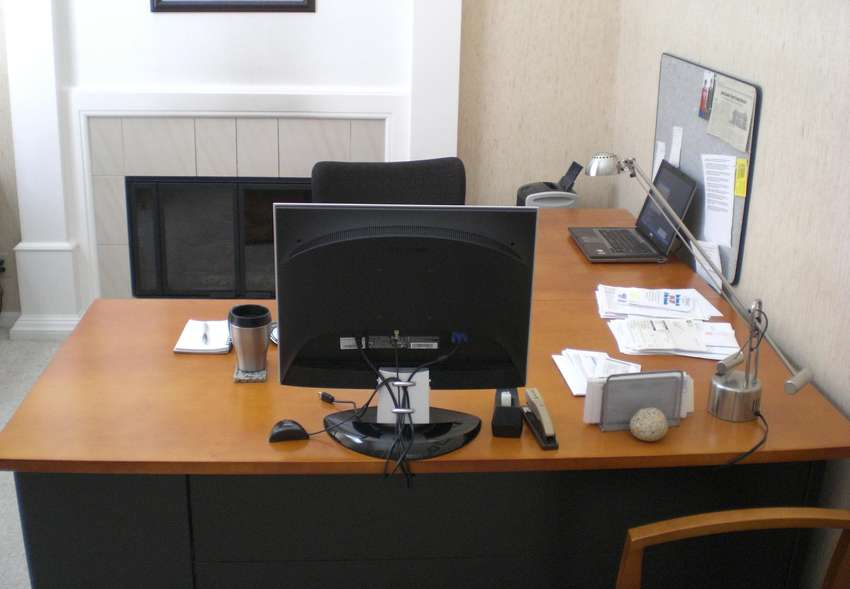 i-8 Fully furnished office for rent ideal location 0