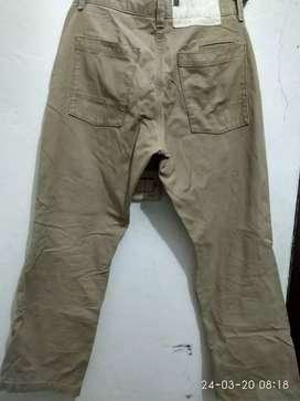 Celana Chinos gap wooker size 32