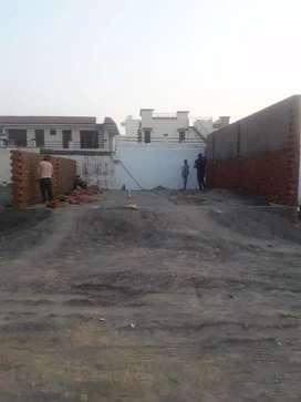 Plots in sunny enclave
