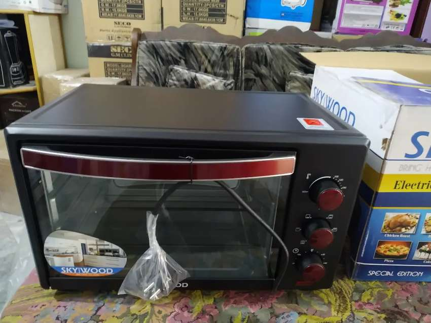 Kenwood's 38L Electric Professional Baking Oven / Toaster Oven / Mixer 0
