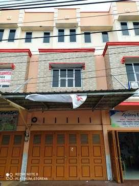 Disewakan ruko 2 lantai di tengah kota Pekanbaru