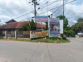 Dijual Rmh Hoek Kampung Timur