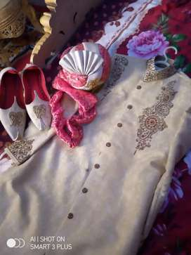 Groom sharwani for sale .Only one time used.
