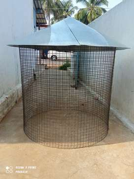 Hen Cage in iron net