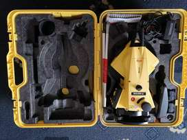 Lecia Total station builders 503