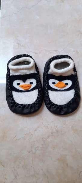 Sepatu Kaos Kaki Prewalker Anak Bayi Gambar Pingguin