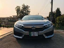 Honda Civic 2017 in mint condition and Alloy rims