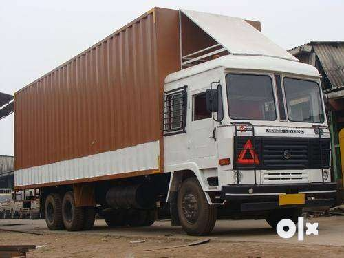 TATA MOTORS Single XL Truck.Model No. :  1613 Rs. : 950000/- 0