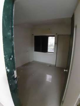 2 BHK COMMERCIAL NEAR STATION RENT 25/ 1 LAC