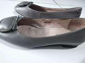 Sepatu Cewk Flat