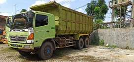 Dump Truck Tronton Lohan 6x4 siap kerja