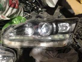 Lexus Ct 200H headlights and front bumper