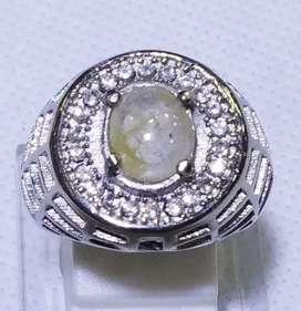 Cincin batu star sapphire putih SP-9