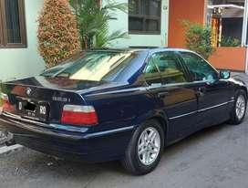 BMW 323i 1996 Bensin