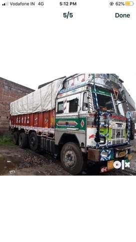 Tata truck 3118. New condition 80%tyre 8month bima left
