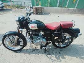Royal Enfield classic 350 good condition all original spears