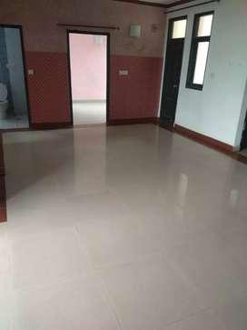 3bhk flat for rent maya garden Phase 2 vip road zirakpur