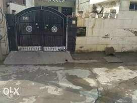 Old construction House 150gaz(22.5 x 60) sale Bajwa Colony