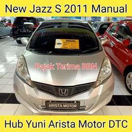 Honda Jazz S Facelift 2011 MT (Terima a/n Pembeli) Plat L dari Baru