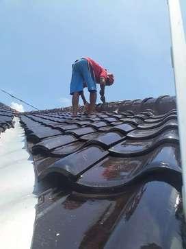 Jasa tukang Bocoran atap,bangunan,renovasi,plafon,cat,keramik,kolam