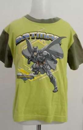Kaos anak  Laki-laki BATMAN merk : THE DARK KNIGHT  Size S 4-6tahuni