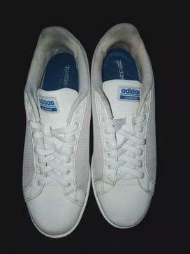 Adidas cloudfoam putih size 44