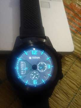 Titan Hybrid Watcg