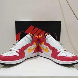 Air Jordan High 1 Light Fusion Red dan Air Jordan 1 Low Unc 2021