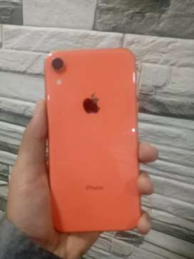 Iphone xr 64gb good condition 7 months used