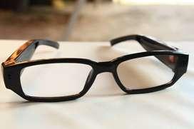 Kacamata Bening Kamera Tersembunyi