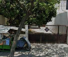 Rumah dan Gudang STRATEGIS Jl Kenjeran -Mitde/umsse  oDhR