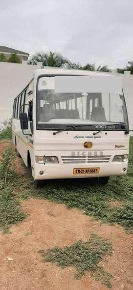 staff bus eicher