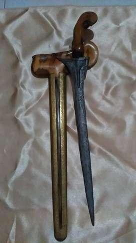 Sepasang keris antik (2 buah) buat kolektort kolektor