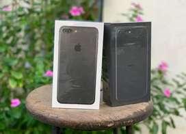 Iphone 7 plus 128gb new 1 tahun  .