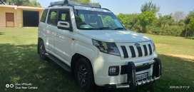 Tuv 300  7 sitting  car for rent accommodation 15 km