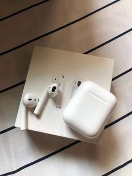 Airpods 1 mint condition
