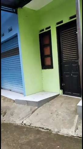 Rumah plus kios