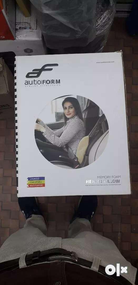 Autofoam Memory Foam Health Pillow Use in Car 0