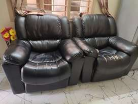 2 seater sofo