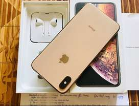 apple i phone models are available with bill box & all accessories  Co