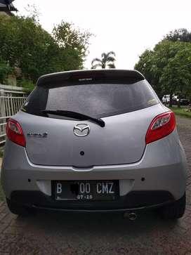 Mazda R AT 2011 km rendah