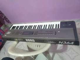 Korg N364 keyboard
