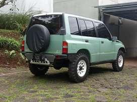 Suzuki Vitara 4x4 (D) 1995/1996 EFI no Escudo