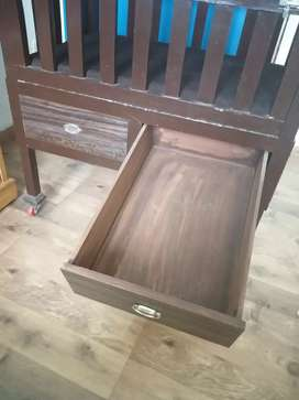 Wooden cot only cash payment