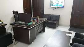 Apartment available 2 bedroom, living, kitchen. Suitable for offices
