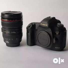 Canon EOS 5D Mark III DSLR Camera + EF 24-105mm IS USM Lens Kit