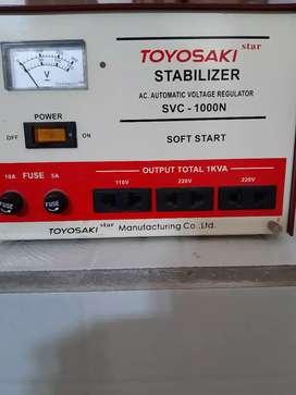 Jual stabilizer toyosaki SVC 1000 N masih bagus