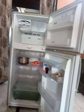 Big double door Samsung fridge at throw away price