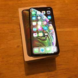 apple i phone all model with xs max  good camera quality with cod.