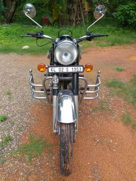 Very good  condition  single owner milage 30 kiometre per liter petrol